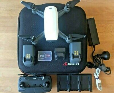AU649 • Buy DJI Spark Fly More Combo Camera Drone, Alpine White +++ Extras