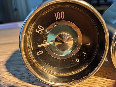 Volvo P1800 1968 Oil Pressure Gauge With Spare Replacement Bezel • 50£