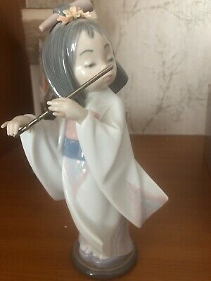 £100 • Buy Lladro Oriental Girl Playing The Flute Figurine. Boxed Excellent Condition. 6150