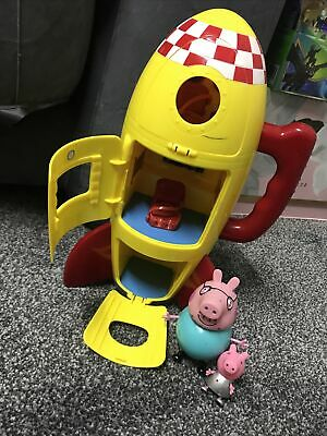 PEPPA PIG'S TOY SPACESHIP ROCKET PLAY SET With Sounds And PEPPA PIG Toy Figures • 15£