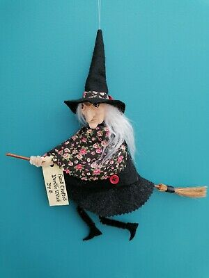 Handmade Scary Pendle Witch • 15£