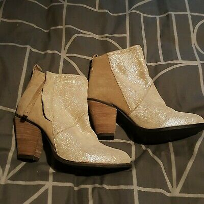 New Superdry Dillanger Womens Heeled Ankle Boots UK 7 In Sand Suede RRP £89.99 • 20£