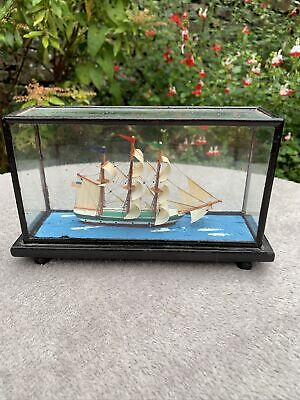 Vintage Sailing Ship In Glass Case  • 39.99£