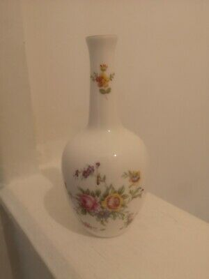 Vintage Minton Marlow Bud Vase In Beautiful Condition.5 1/4  Tall. • 1.99£