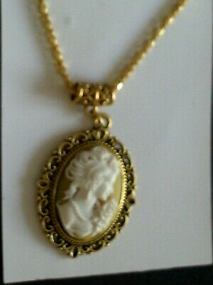 £2.80 • Buy Gold Plated Victorian Cameo Necklace  [5/11/20----1]  White On Beige
