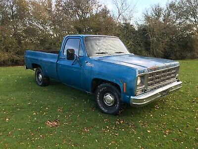 Chevy GMC Long Bed Pick Up Truck • 8,750£