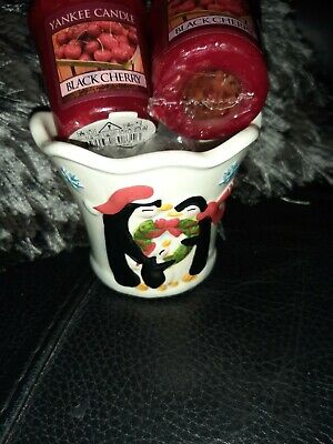 Yankee Candle Xmas Votive Holder With 2 Black Cherry Votive Candles  • 5.72£