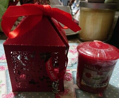 Yankee Candle Cherries On Snow Votive Sampler In Christmas Snowflake Gift Box  • 3.50£