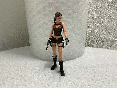 *VGC* Lara Croft Action Figure /w 2 Pistols Tomb Raider UK NECA 2006 • 22£