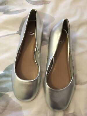 Evans Shoes Size 6 Eee • 1.50£