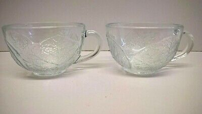 Set Of 2 French Clear Glass Tea / Coffee Cups With Handles - Pretty Leaf Design. • 7.95£