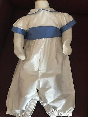 Christening Gowns • 2.70£