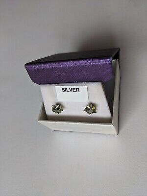 Star Shaped Silver Earrings With Green Stones (Peridot?) BNIB (vintage) • 4.20£