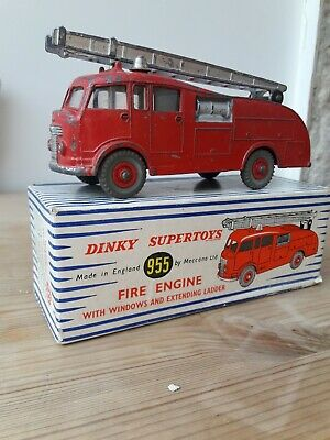 Dinky 955 Fire Engine (With Windows) In Original Box • 45£