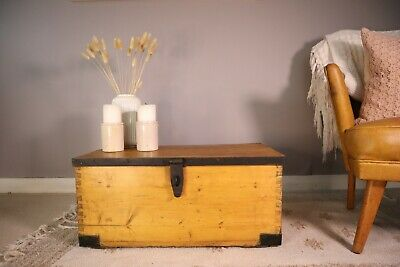 Old PINE CHEST, Wooden Blanket TRUNK, Coffee TABLE, Vintage Storage BOX • 31£