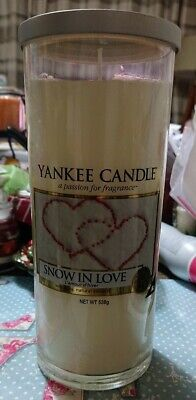 Yankee Candle Snow In Love Large Pillar 538g Christmas Rare • 14.95£