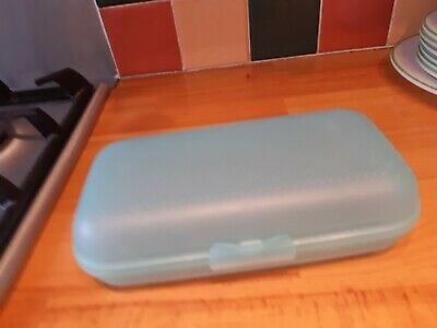 Tupperware Oyster Keeper Snack Or Lunch Box • 7.99£