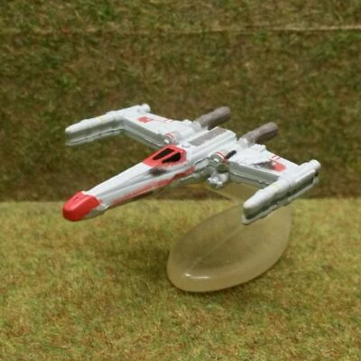 8) Micro Machines Star Wars. WEDGE'S BATTLE-DAMAGED T-65B X-WING FIGHTER, RED 2 • 1.75£