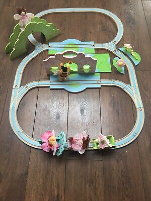 Lovely Wooden Fairy Train Set From Le Toy Van • 12£