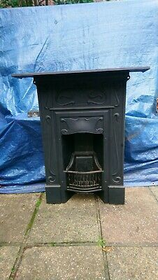 Victorian Style Cast Iron Fireplace • 26£