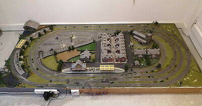 OO Gauge Model Railway Layout. DCC Wired 8ft X 4ft Working Lights • 250£