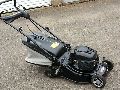 QUALCAST CLASSIC 35s Cylinder  Petrol Lawnmower.in Good Working Order. • 200£