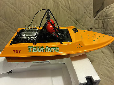 $ CDN162.09 • Buy Nqd 757-6024 Yellow Tear Into Rc Remote Control Jet Boat With Extra  Battery