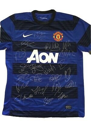 AU200 • Buy Manchester United Team Signed Jersey And COA