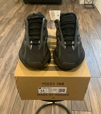 $ CDN344.63 • Buy DS Adidas Yeezy 700 V3 - Clay Brown - Size 12