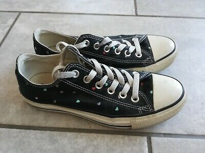 Rare Converse Black With Hearts Pattern Size 5 • 16.99£
