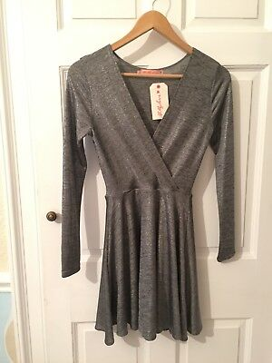 Oh My Love Topshop Concession Silver Wrap Dress Size XS • 8£