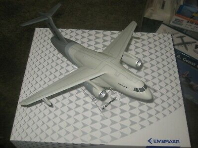 Boxed 1:100 Scale Lupa Embraer Kc-390 Transporter  • 25£