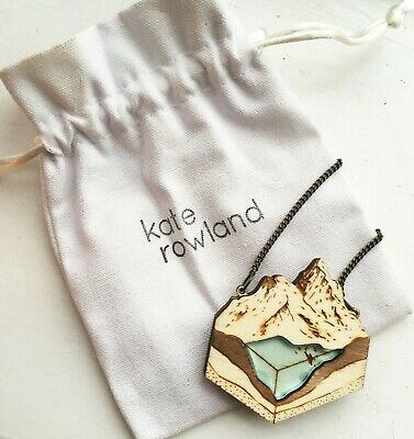[KATE ROWLAND] Laser Cut Wooden/Resin Glacier Lake Necklace (NEW) • 20£