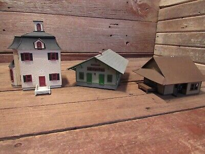 $ CDN75.76 • Buy Vintage HO Scale Wood Buildings Great For Train Or Slot Layouts!
