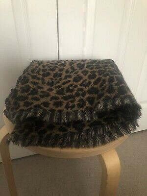 All Saints Leopard Print And Houndstooth Reversible Wool Blend Scarf • 6.50£