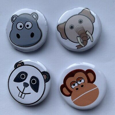 4 Animal Pin Badges • 3.99£