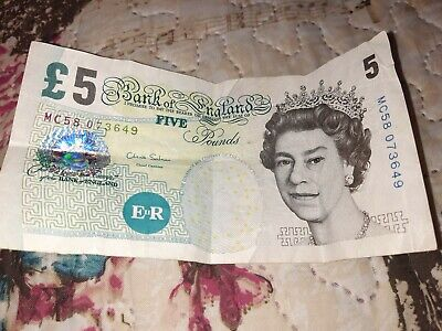 Bank Of England -  Old £5 Five Pound Note SERIES M ELIZABETH FRY • 6.50£