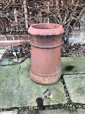 Clay Chimney Pot • 1.20£