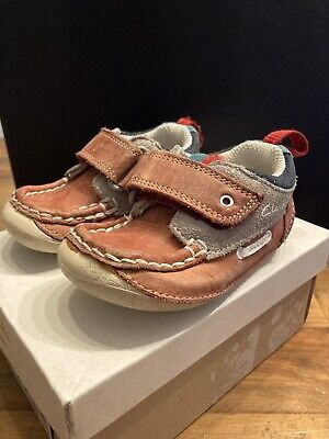Boys Clarks First Shoes - Cruiser Deck - Red - 3.5F Infant • 1.40£