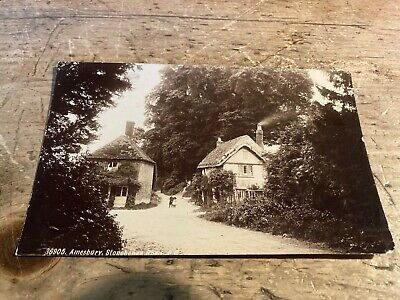 Real Photo Postcard.  Amesbury, Stonehenge Road.  Ref 333 • 20£