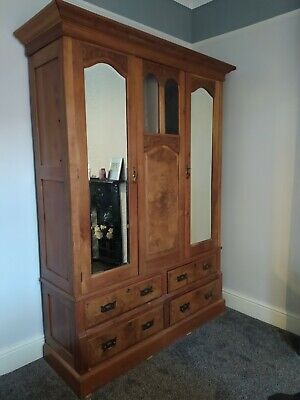 Antique Wardrobe With Glass And Mirror • 99£