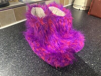 £1.99 • Buy M&S Fluffy Pink/Purple Slipper Boots - Child Size 2