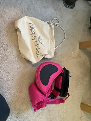 Hippychick Hipseat In Hot Pink With Carry Bag And Black Hip Pouch • 30£