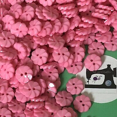 £1 • Buy 12 X 12mm Pink Flower Shaped Buttons #1912