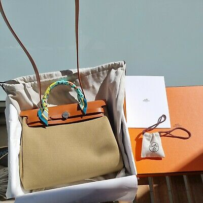 AU4000 • Buy Hermes Herbag 31 As New With Original Receipt, Box And Dust Bag