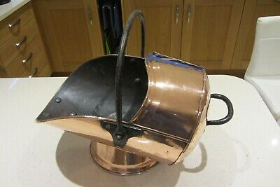 Antique Copper Coal Scuttle • 90£