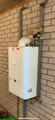 Ideal Logic + System S15 Gas Boiler (2018), Excellent Condition • 125£