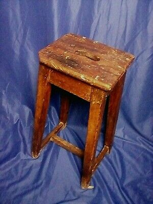 Vintage Wooden Artist's/school Lab Characterful Stool W/ Carrying Hole  • 65£