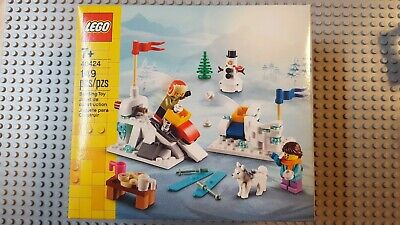 Lego 40424 2020 Winter Snowball Fight Set Skiing Sled Snowman Husky 149 Pieces • 5.43£