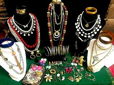 $ CDN53.02 • Buy Lot  50 Pieces  Vintage & Fashion Jewelry 6 Signed - Monet  Kramer  Janku